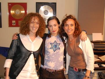 Jenn, Rachel Sage, Jess
